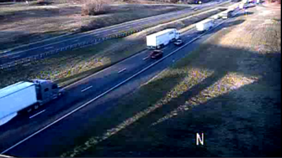 Tractor trailer causes delays on I-81 N in Shenandoah County. | Credit: VDOT