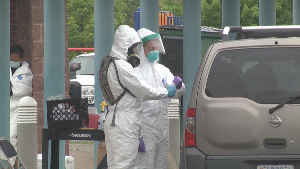 People getting tested at a Waynesboro drive-thru clinic (WHSV)