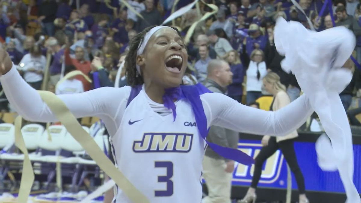 Kamiah celebrates win over Delaware in final game at the Convocation Center on senior day.