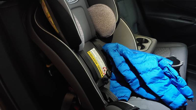 Puffy coats unsafe in car seats