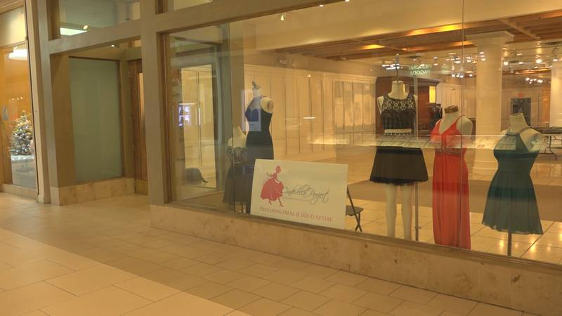 The store is located across from Finish-Line at the Valley Mall.