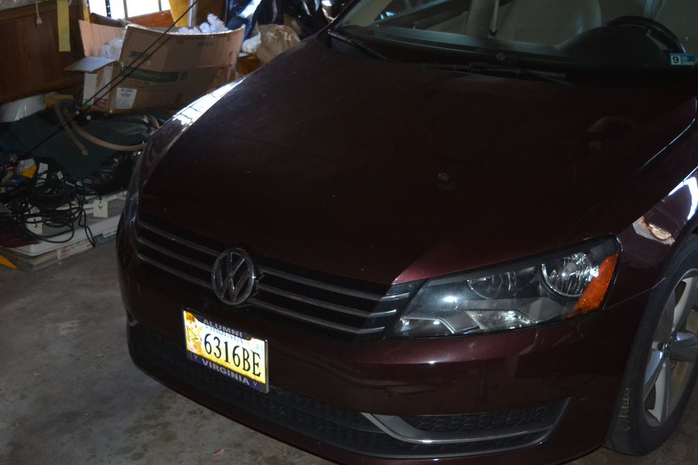 Lunsford fled from his residence in a burgundy 2014 Volkswagen Passat with Virginia plate 6316BE.