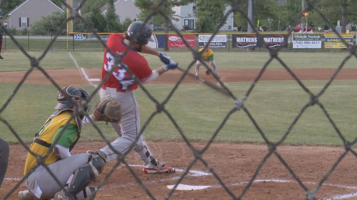 The Waynesboro Generals defeated the Winchester Royals, 10-6, Thursday evening.