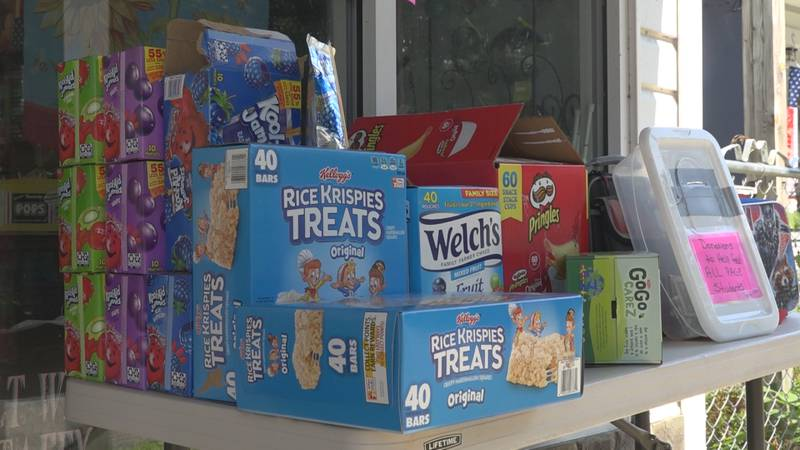 Renee said on Tuesday she had more than 100 school lunch boxes and is now down to just three.