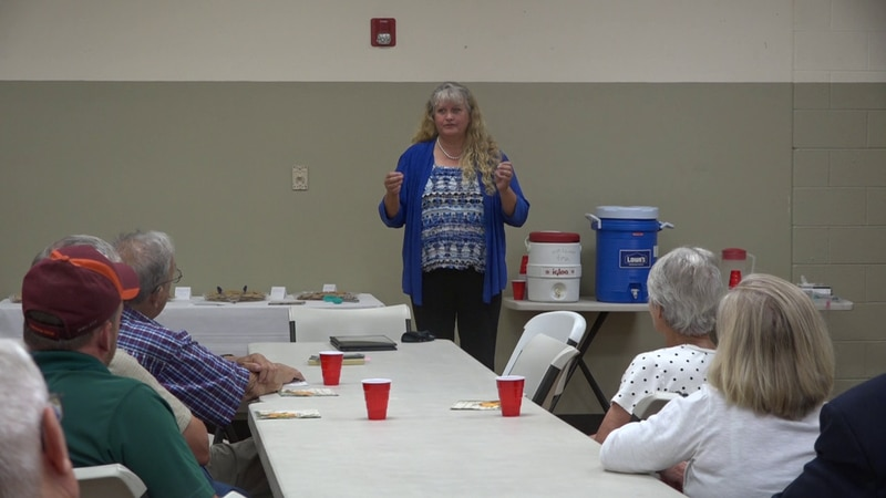 Jackie Lohr speaks with supports at the Plains District Community Center on Oct. 14.