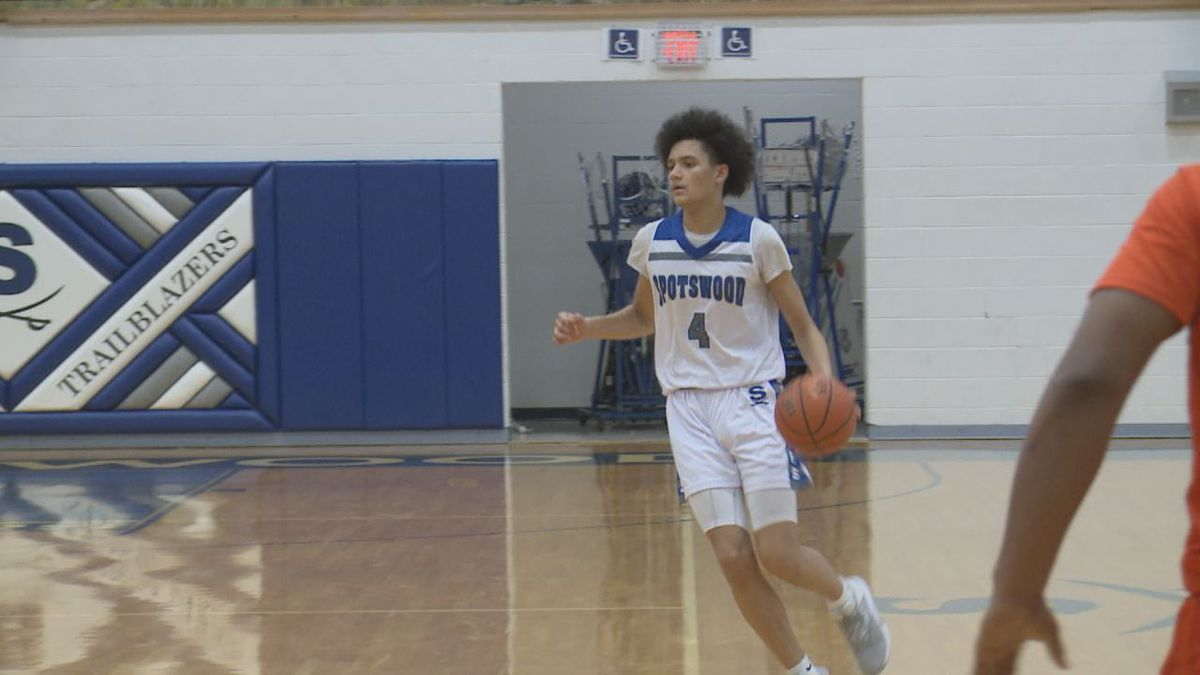 Carmelo Pacheco scored 32 points in an 84-51 Spotswood win over Heritage (Lynchburg).