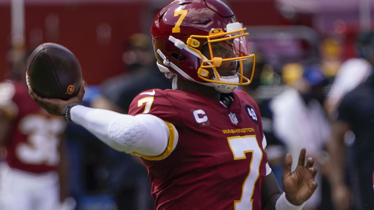 Washington Football Team quarterback Dwayne Haskins (7) throws the ball against the Philadelphia Eagles during first half of an NFL football game, Sunday, Sept. 13, 2020, in Landover, Md. (AP Photo/Susan Walsh) (Courtesy Associated Press)