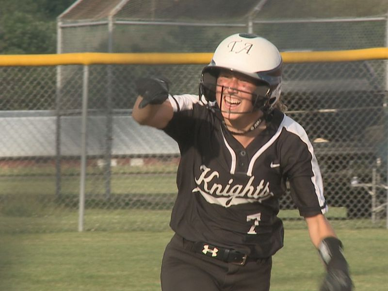 Highlights and scores from the Valley District Championship games held on Thursday, June 10.