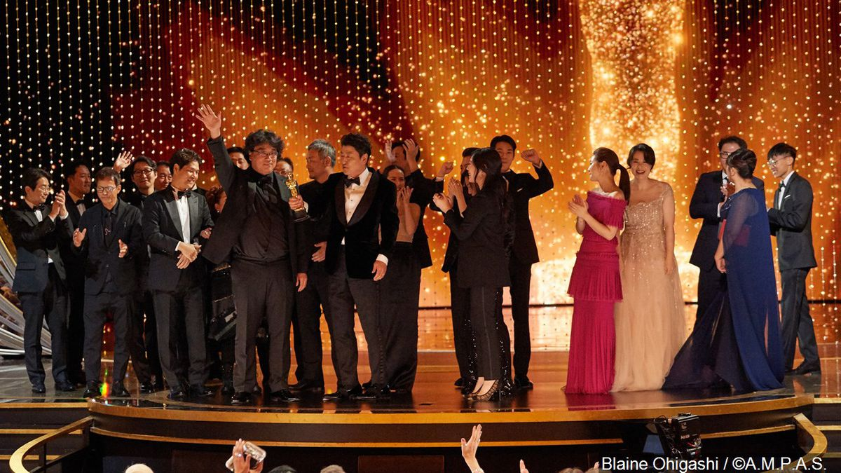 """The cast and crew of """"Parasite"""" accept the Oscar for Best Picture during the 92nd Oscars 