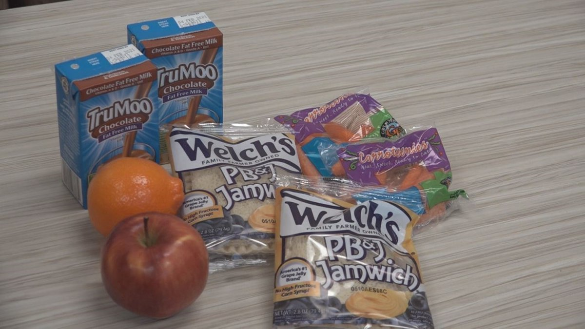 Harrisonburg will provide a bagged lunch with two breakfasts and two lunches for children twice...