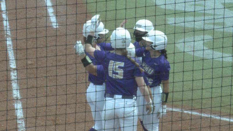 JMU softball sweeps UNCW in doubleheader
