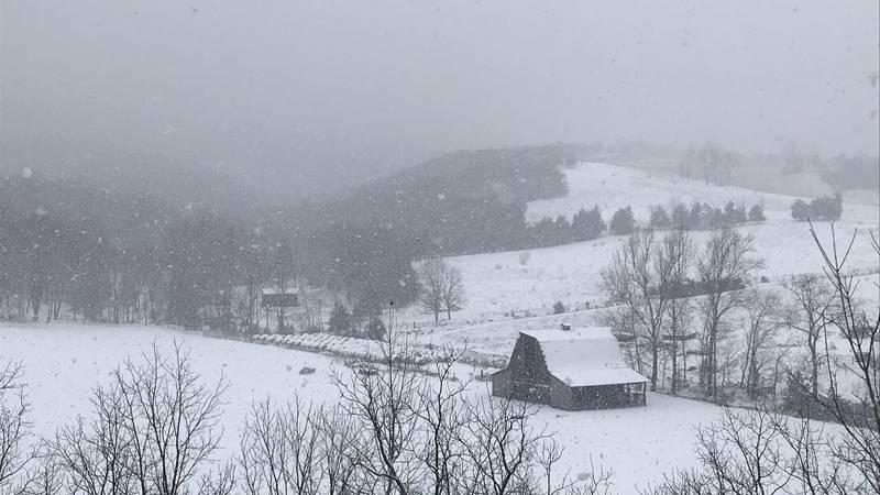 "Upper Tract snow: 10"""