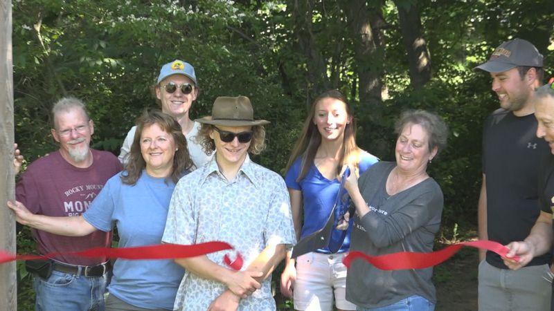 The ribbon cutting ceremony at the Elk Run trailhead.