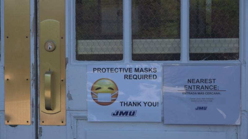 JMU mask requirement sign from 2020