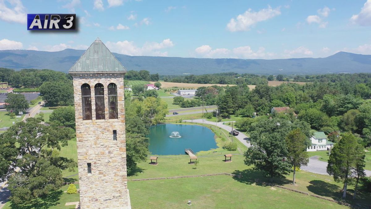Air3 flies by the Luray Singing Tower.
