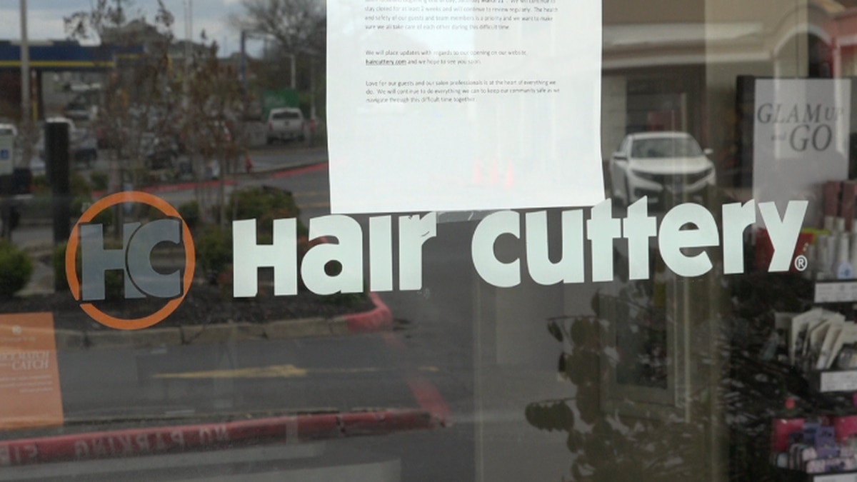 Employees with Hair Cuttery not