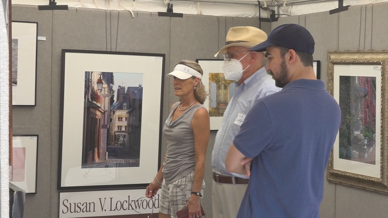A year after the Sidewalk Art Show went virtual the popular event returned to downtown Roanoke...