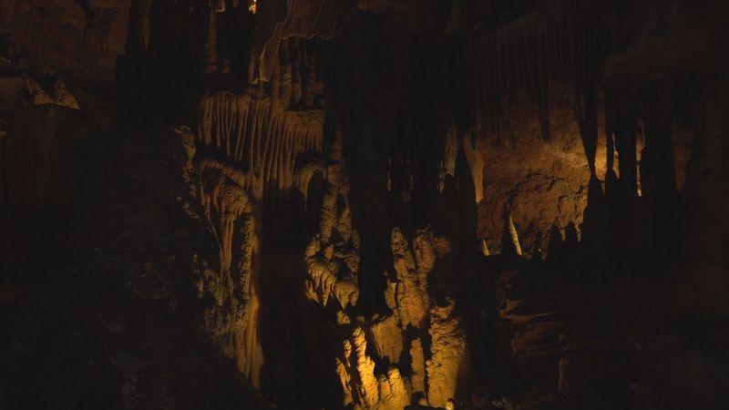 Stalactites inside Grand Caverns